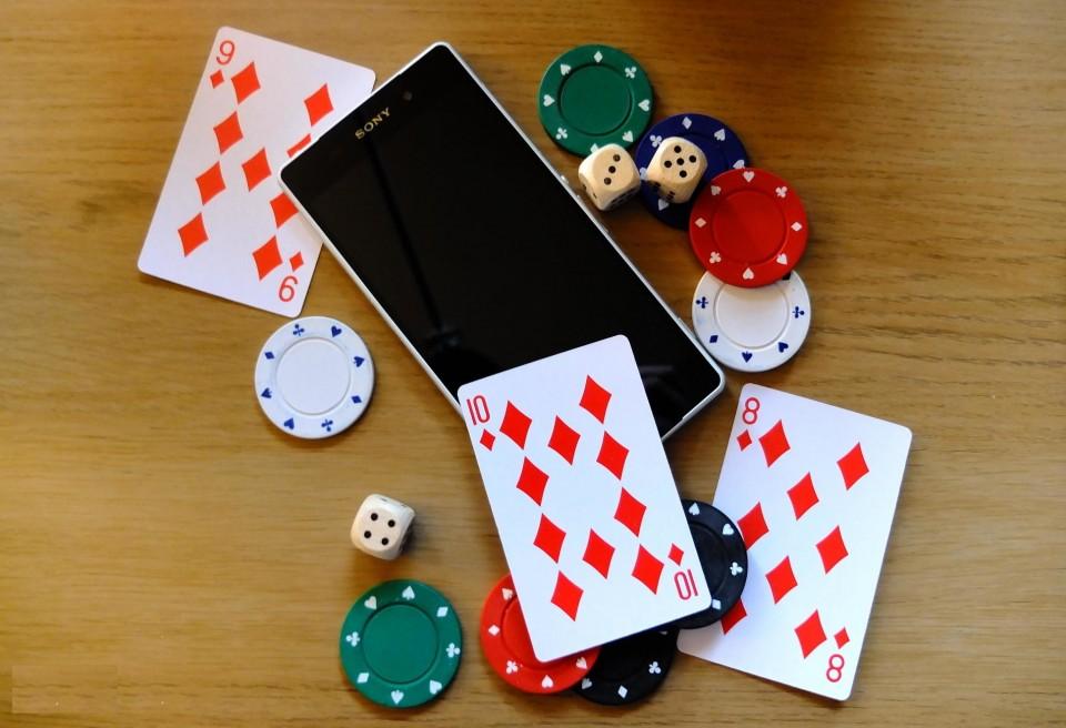 Скачать покер на Андроид