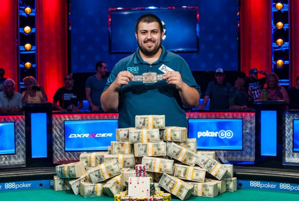 Скотт Блюменштейн — победитель главного события WSOP