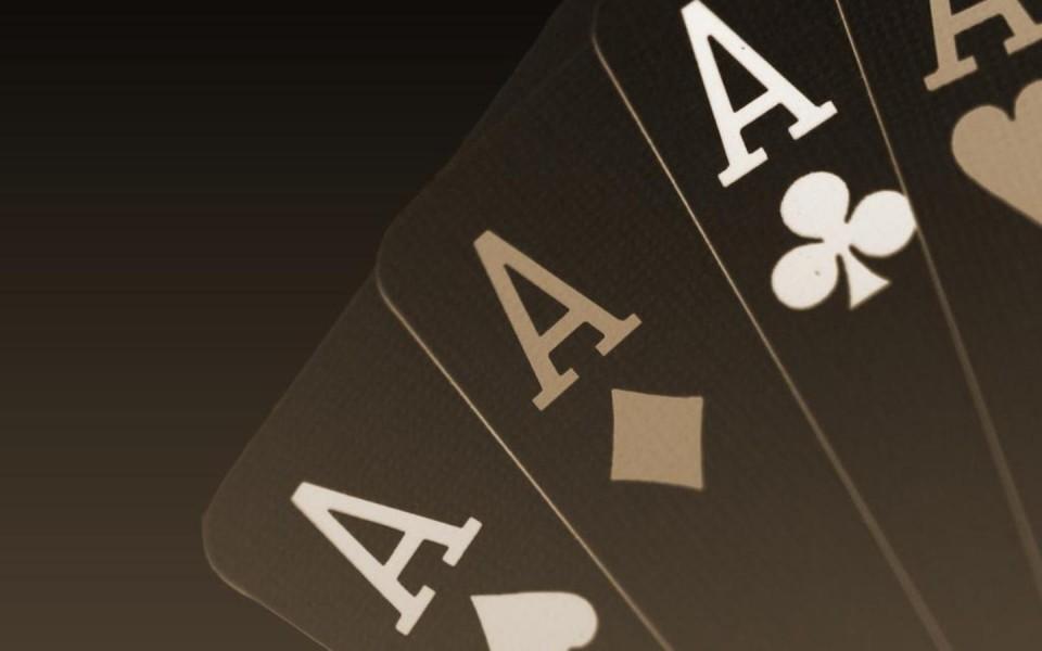 4 туза в покере