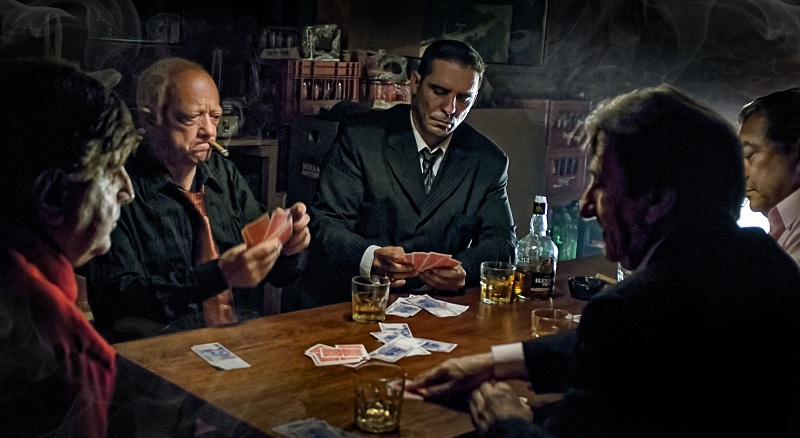 Тайтовый игрок в покере