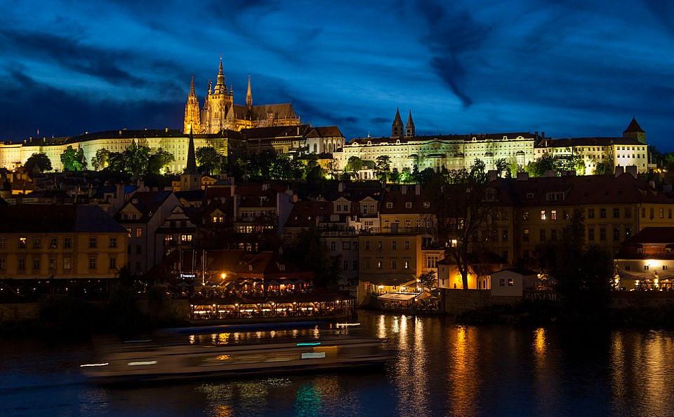 Промежуточные результаты турниров в Праге и Вегасе