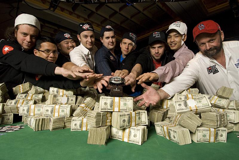 Покер с реальными людьми
